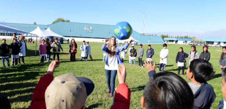 Más de 3.000 chicos han participado de la celebración del Día del Agua en la fábrica de Eco de los Andes